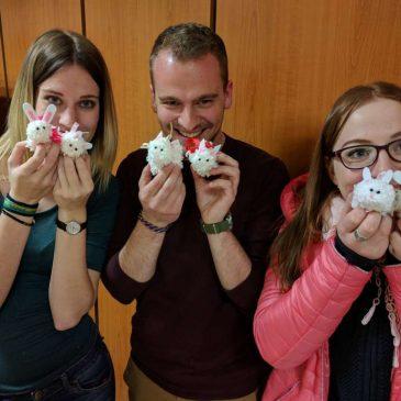 Húsvéti jótékonységi kézműveskedés a Böszörményi úti Campuson